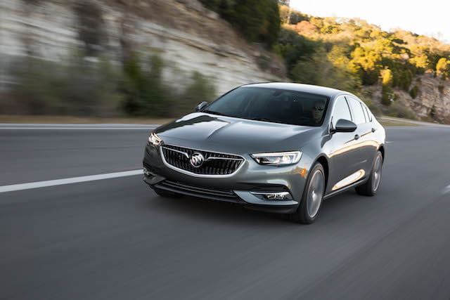 buick regal sportback 2018 6