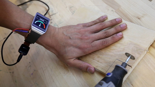 em sense smart watch wearable customizes experience identifies objects disney emsense dremelspeed