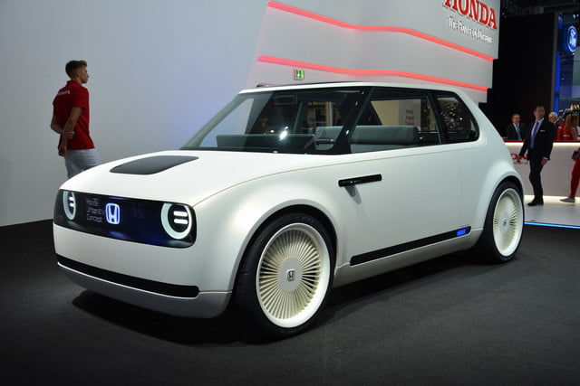 Honda Urban EV Concept Is A Retrolooking Electric Car Built For - Auto car honda