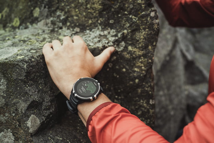 best fitness trackers for women suunto spartan baro hr