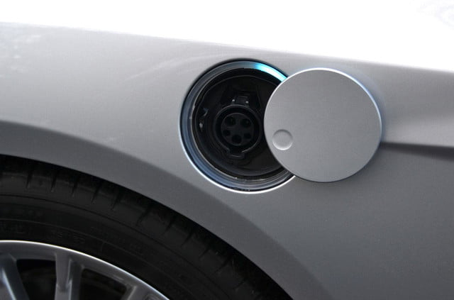 ford focus electric charging port2
