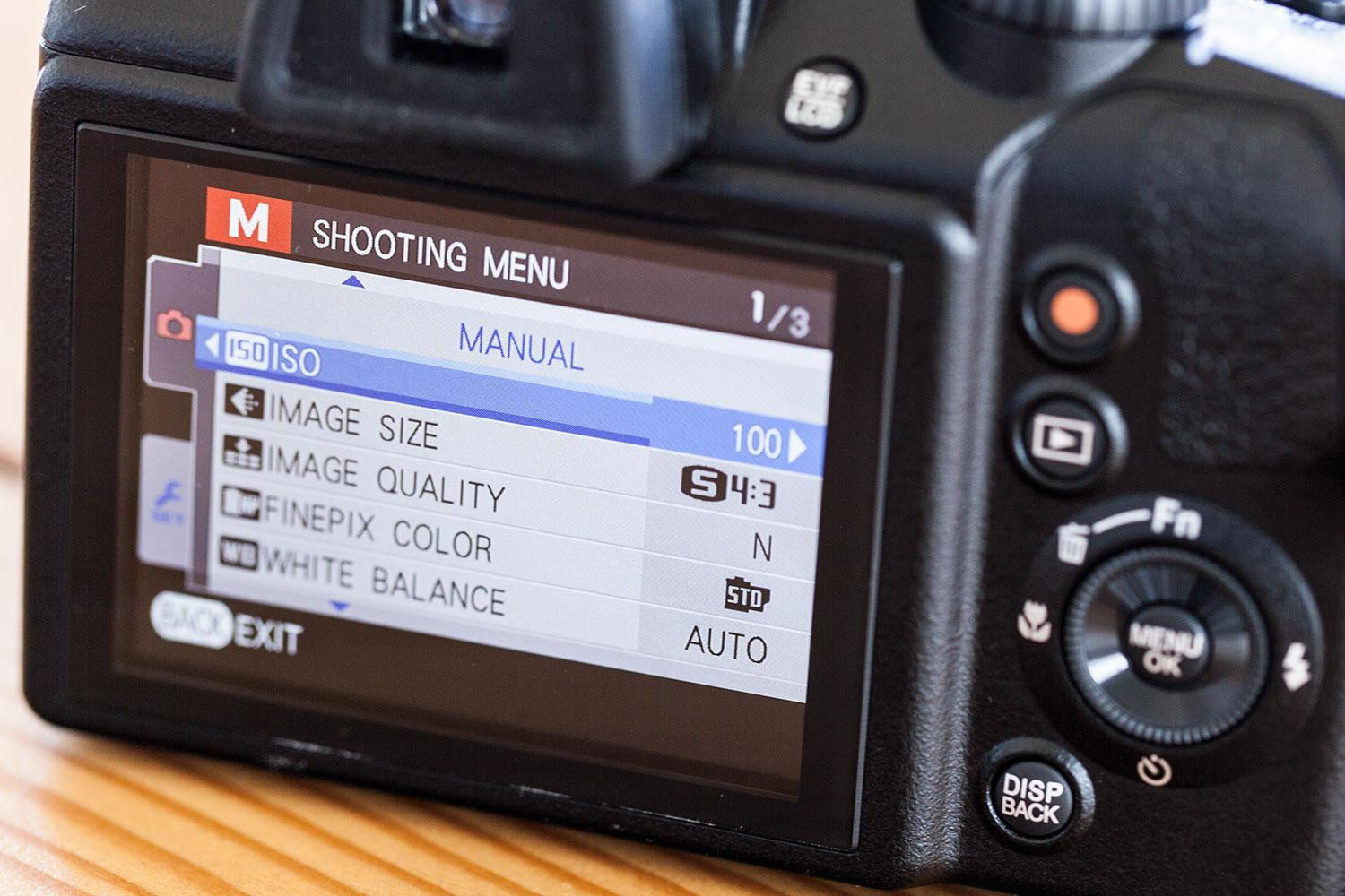 Fujifilm Finepix S9900w Review Digital Trends