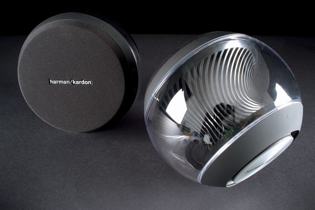 Harmon Kardon Nova top view 1