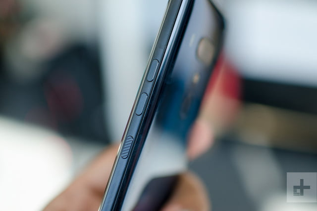 htc u12 plus right buttons