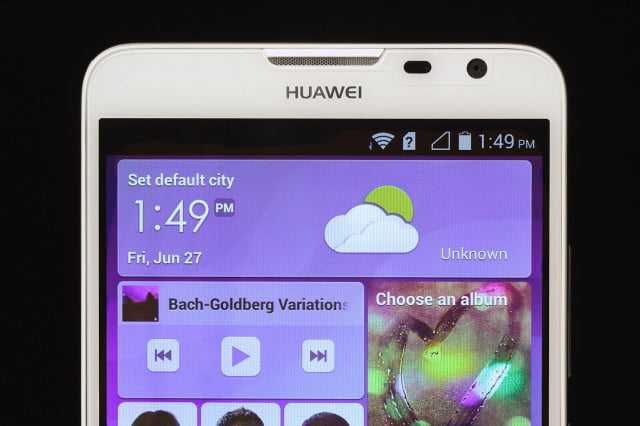 Huawei Ascend Mate 2 top screen