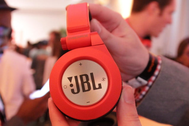 jbl drops synchros and reflect headphone lines e series