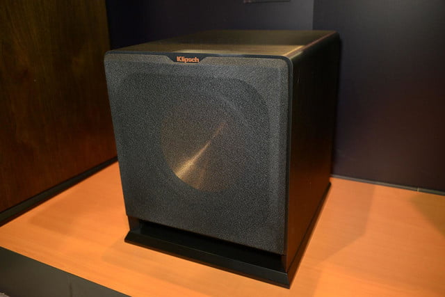 klipsch shows reference premiere wireless home theater system 6792
