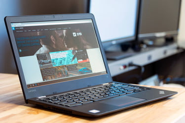 Microsoft May Cut Windows 10 Licensing Fees To Combat Chromebooks