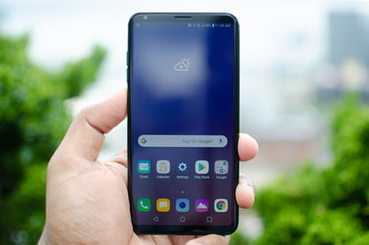 Walmart Drops Price of the LG V35 ThinQ by $150 | Digital Trends
