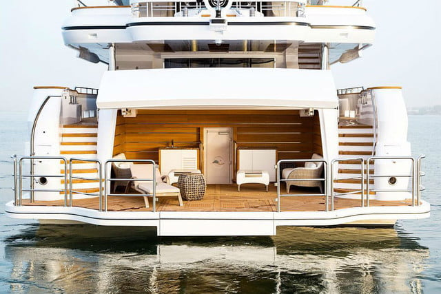 luxury yachts the worlds best super majesty 155 2