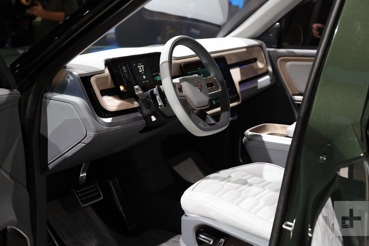 rivian r1s electric suv mb 7