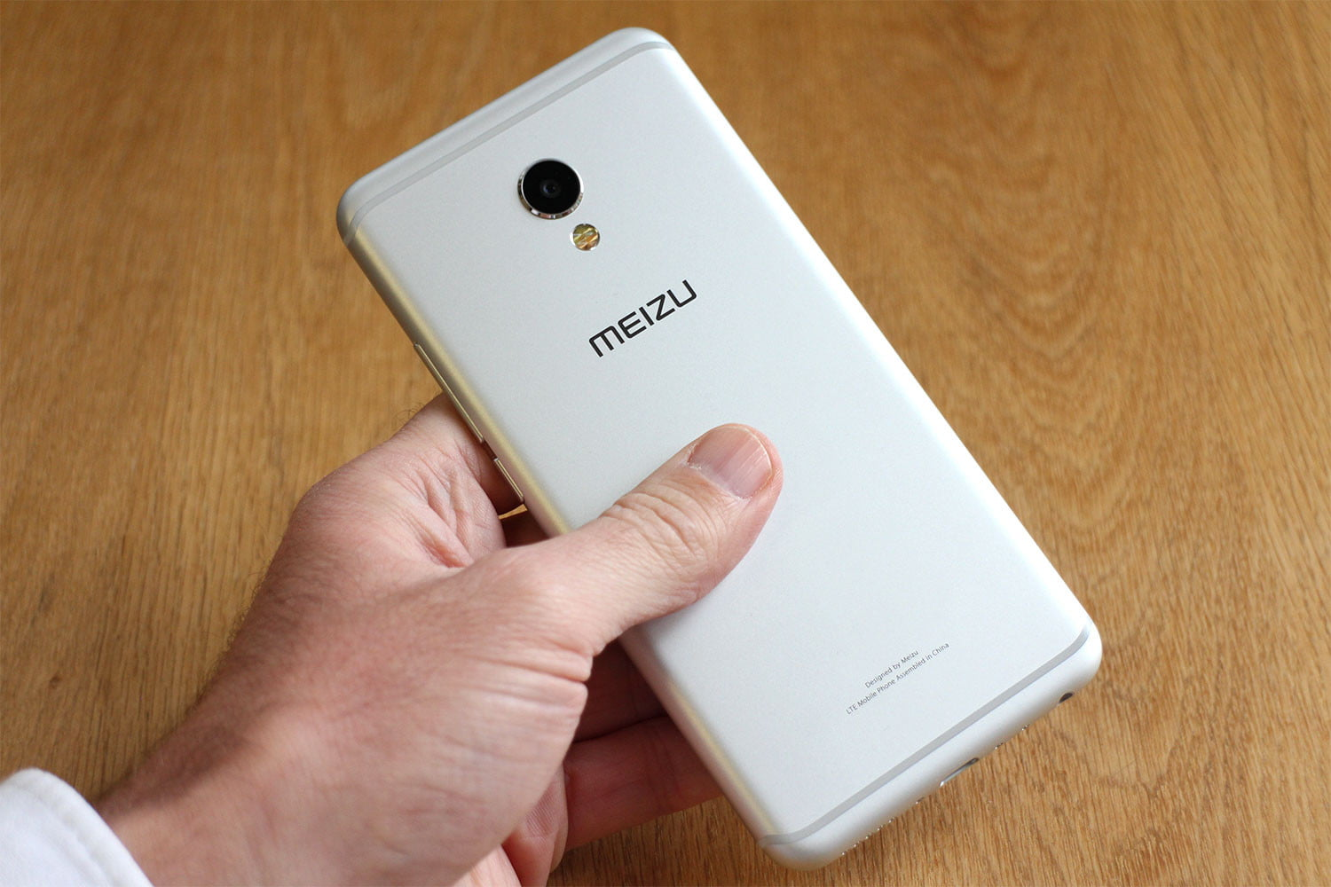 You Wont Be Snap Happy With The Meizu Mx6 Digital Trends 32gb Ram 4gb Gold