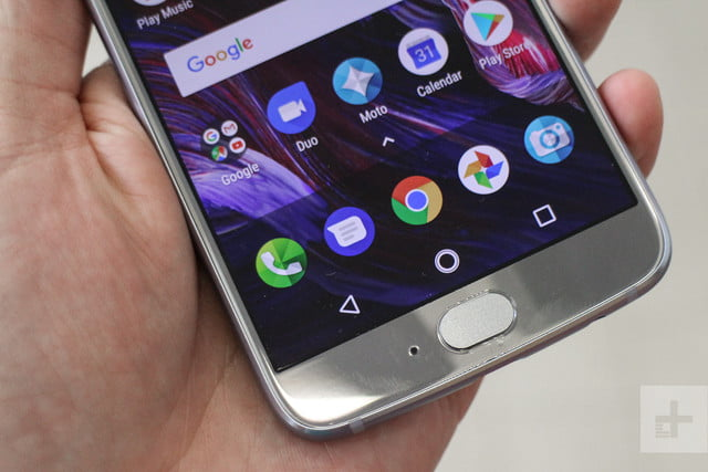 moto x4 hands on review home button