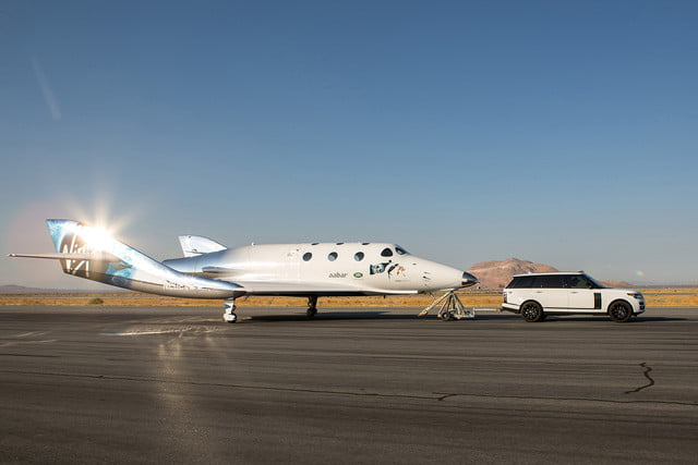 virgin galactic launches shuttle null
