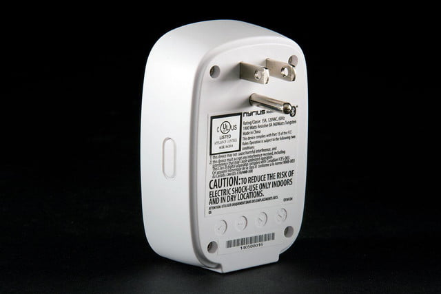 Nyrius Smart Outlet back angle