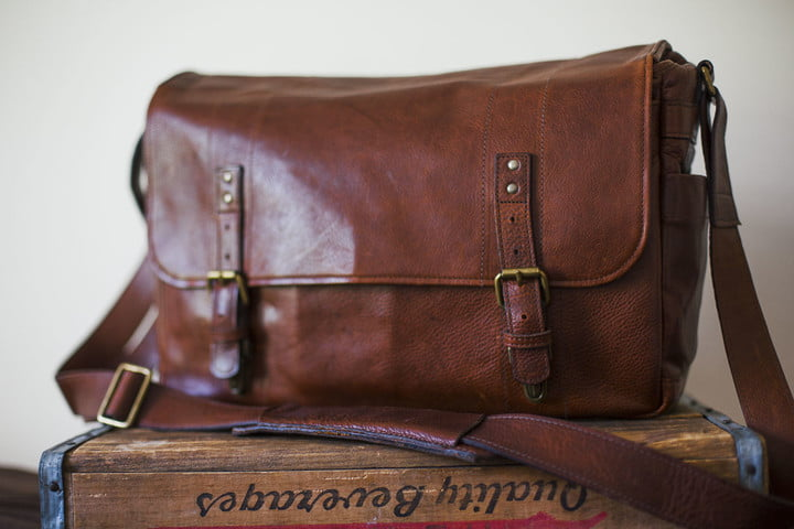 best camera bags ona leather 1