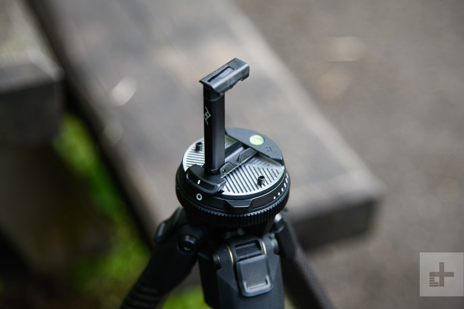 Peak Design's Travel Tripod Is a Must-Have For ...