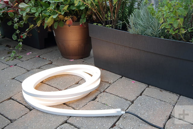 philips hue lightstrip outdoor off