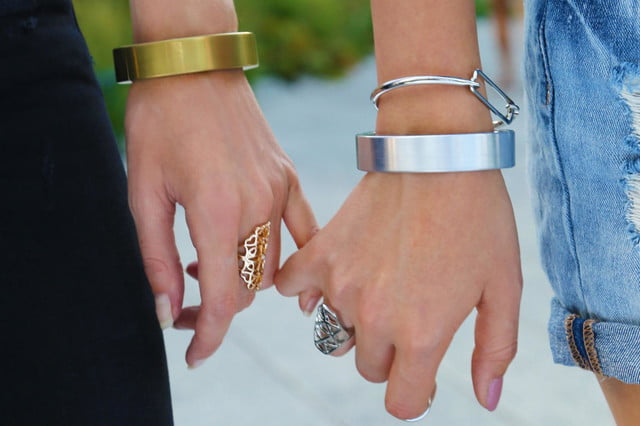 qbracelet wearable battery pack gold silver