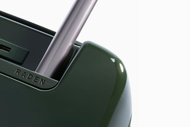 raden smart luggage about connected