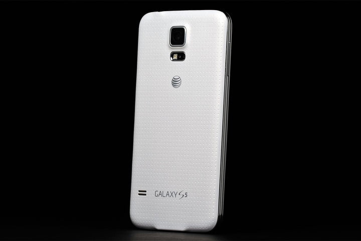 Samsung Galaxy S5 review rear
