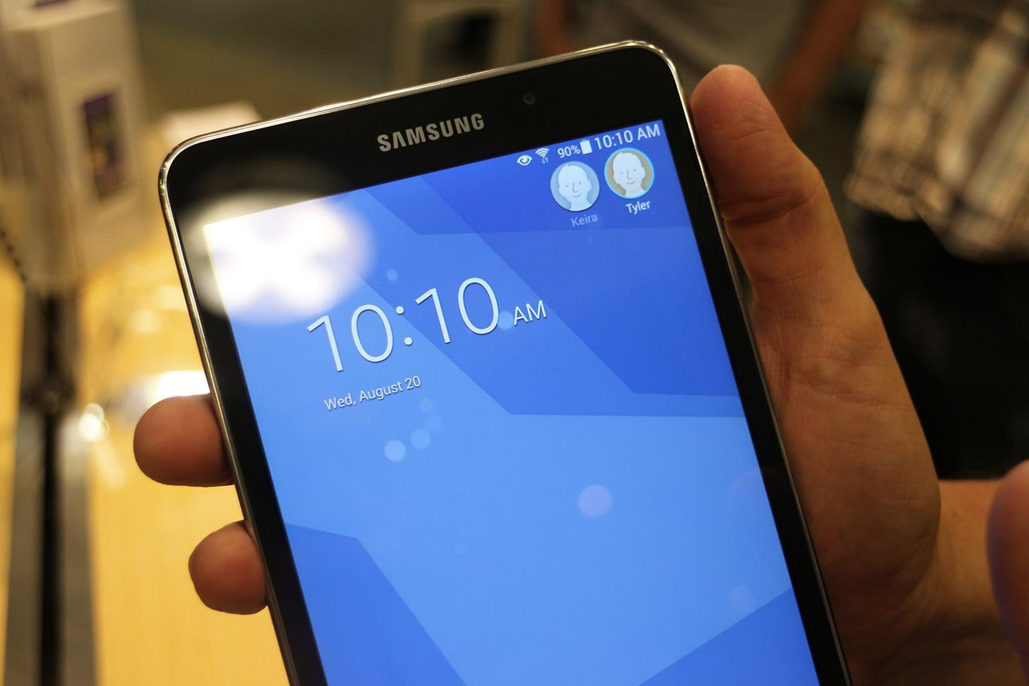 Hands on samsung galaxy tab 4 nook a great deal for nook for Samsung galaxy 4 tablet