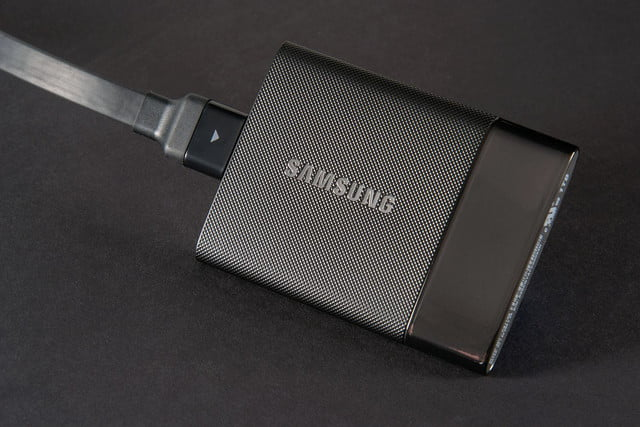 Samsung Portable SSD T1 side 4