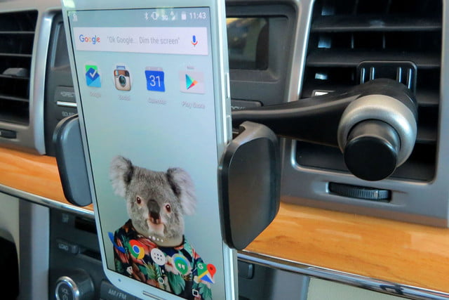 hands on satechi car mounts and accessories ventie adjustable vent phone mount