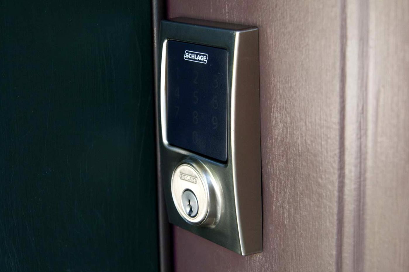 Schlage Connect Touchscreen Deadbolt Review Digital Trends