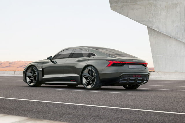 audi e tron gt concept headed to production in 2020 digital trends. Black Bedroom Furniture Sets. Home Design Ideas