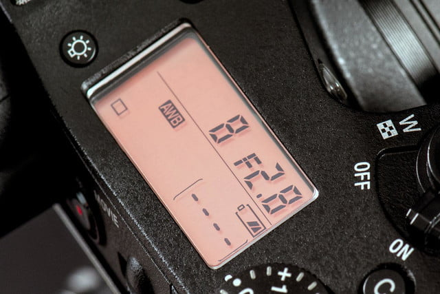 Sony DSC-RX10 review top LCD