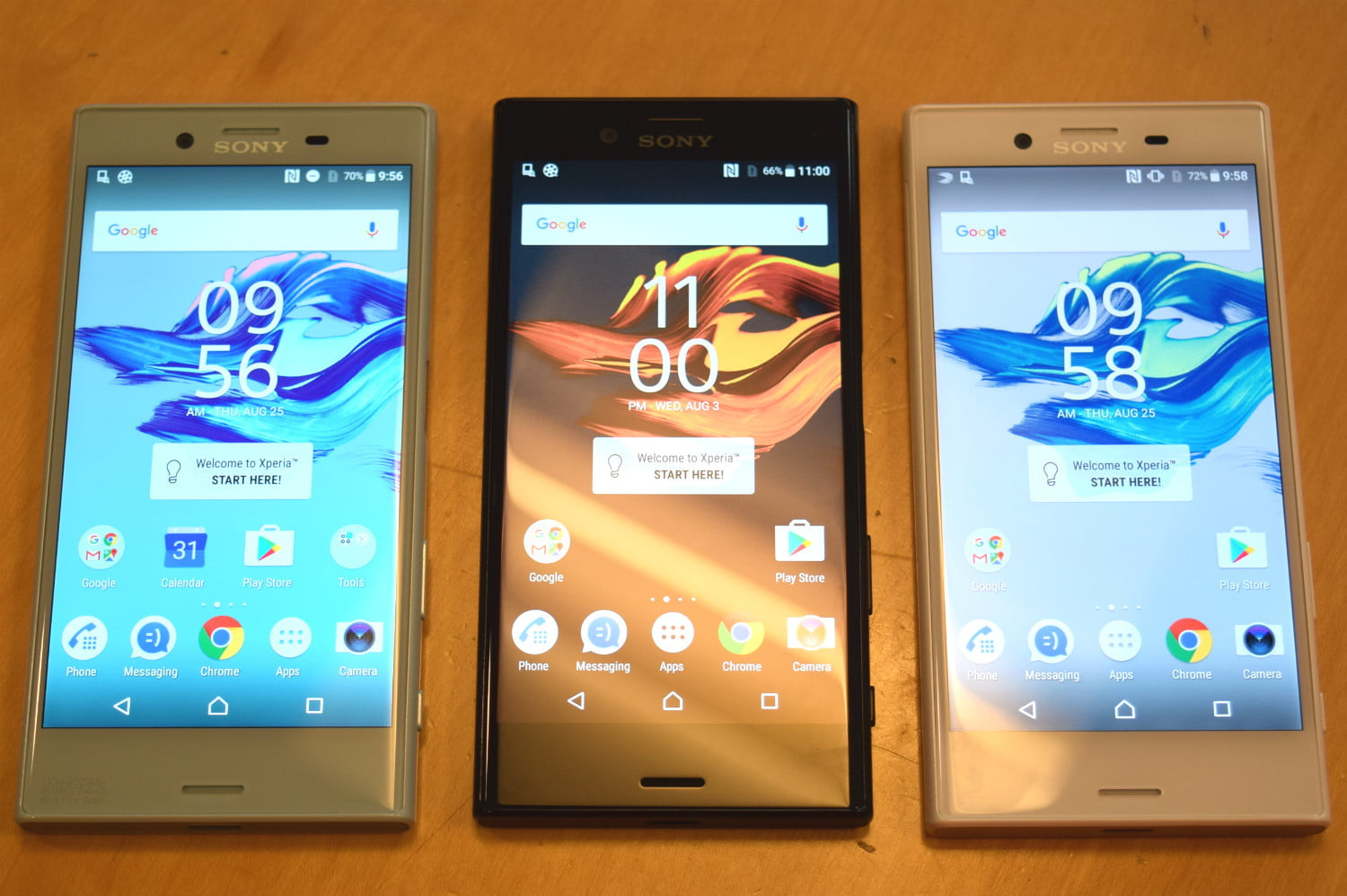 sony-xperia-x-compact-with-other-xperias