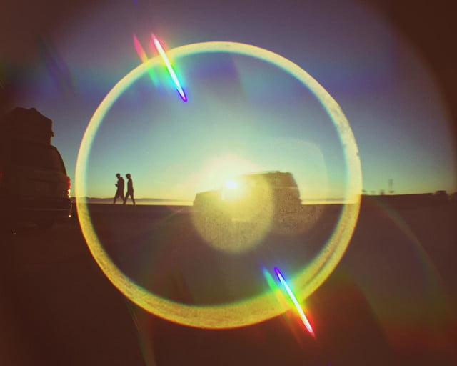 trippy clip lens puts far effect smartphone camera no drugs required 6