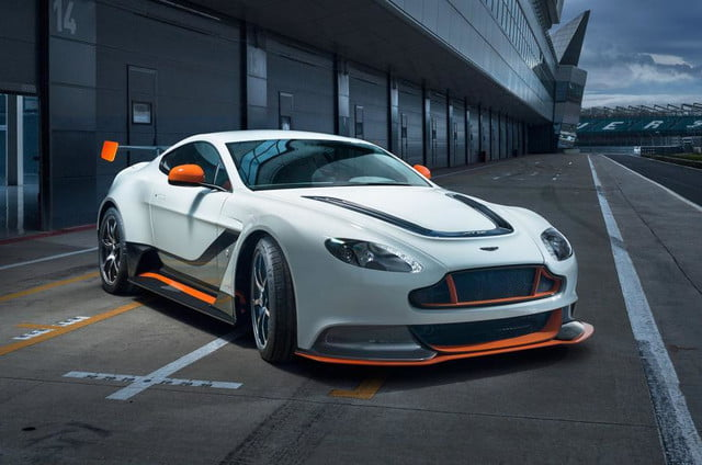 vantage-gt12_front angle