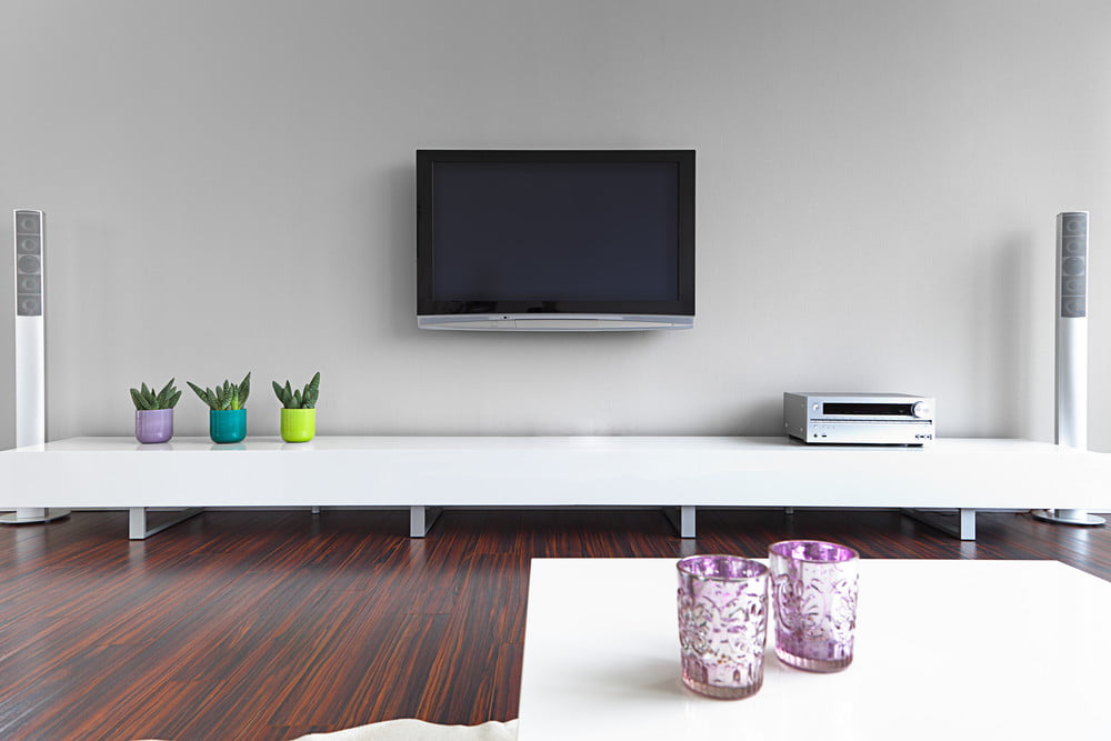 wall mounted tv living room ideas tips and tricks for wall mounting your tv digital trends 25269