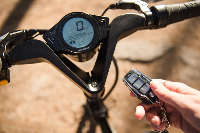 The X1 Explorer is a Compact, Folding Ebike With a 37-Mile Range